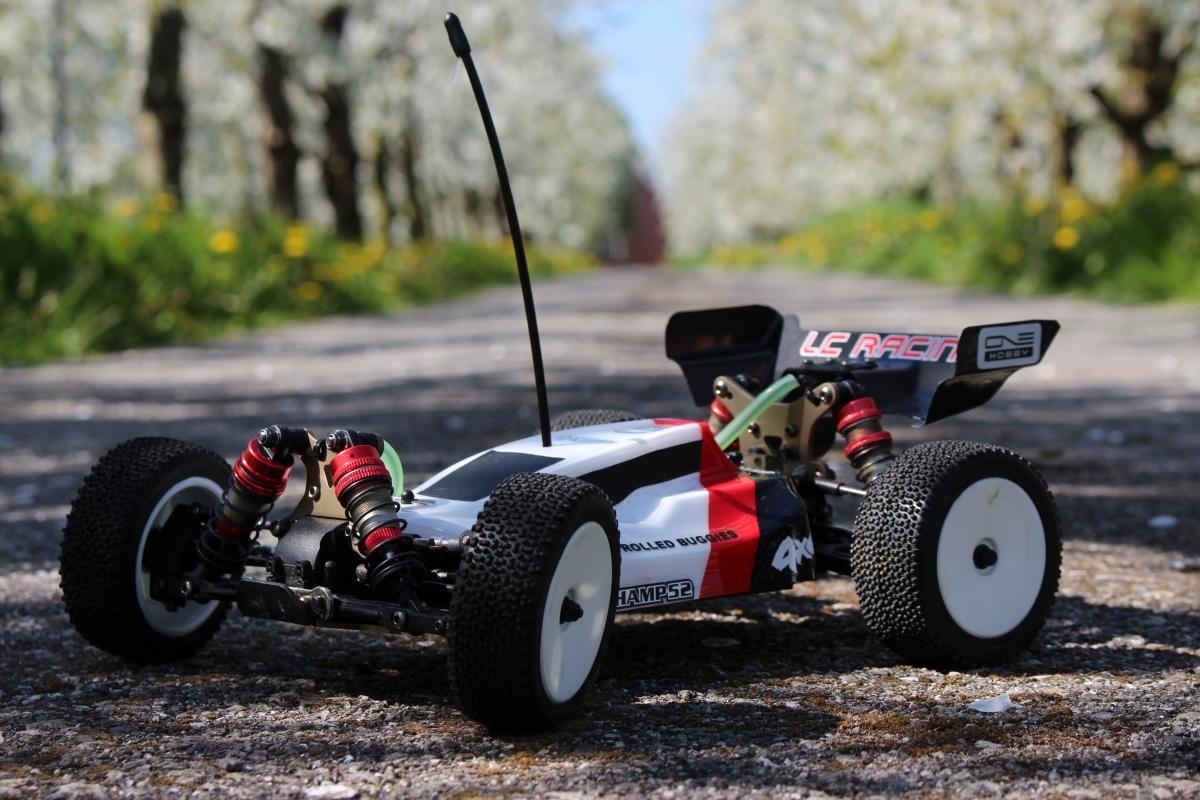 LC-Racing-Buggy-8