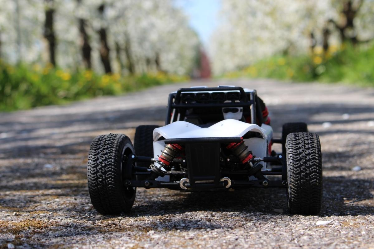 LC-Racing-Desert-Truck-8