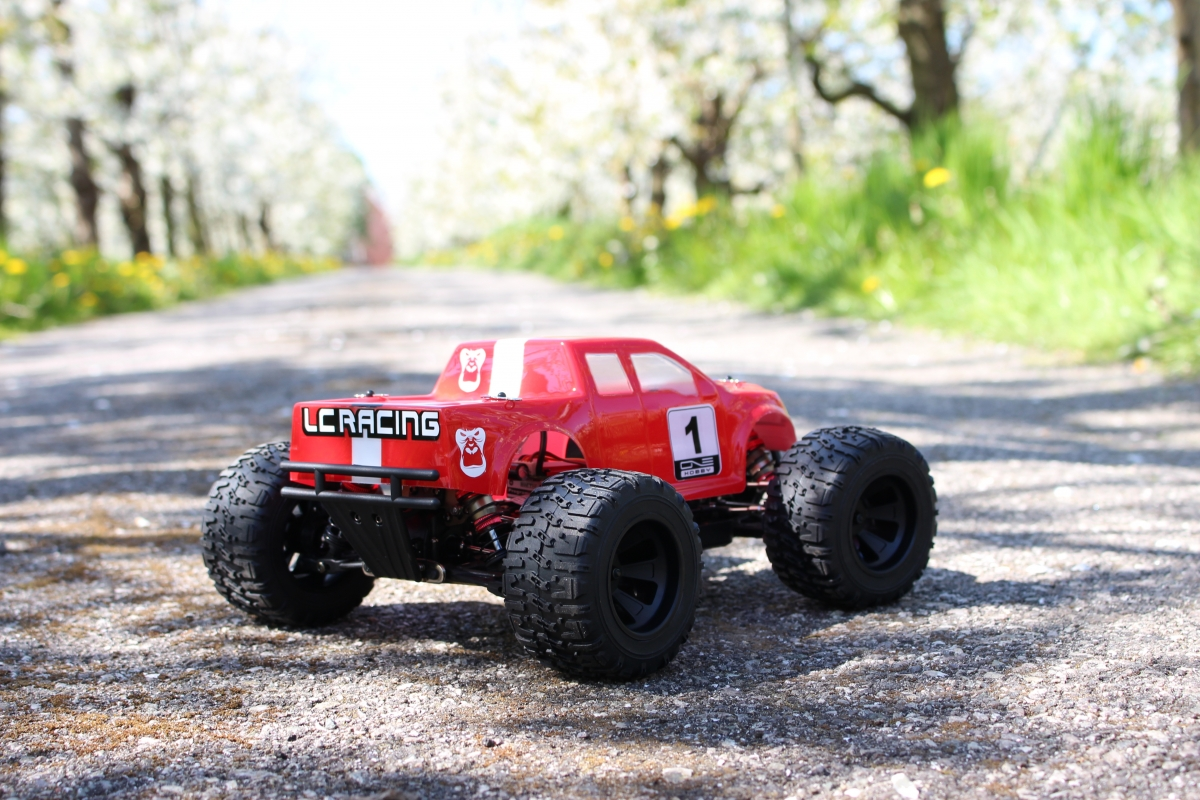 LC-Racing-Monster-Truck-12