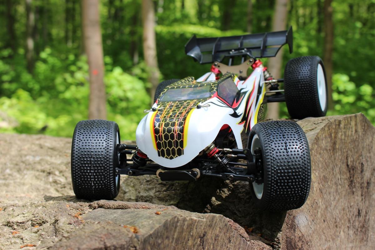 LC-Racing-Trugy-1-1